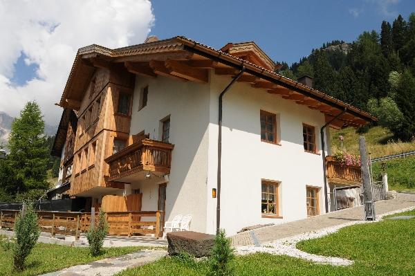 Design Chalet Zirm Arabba Dolomites Italia
