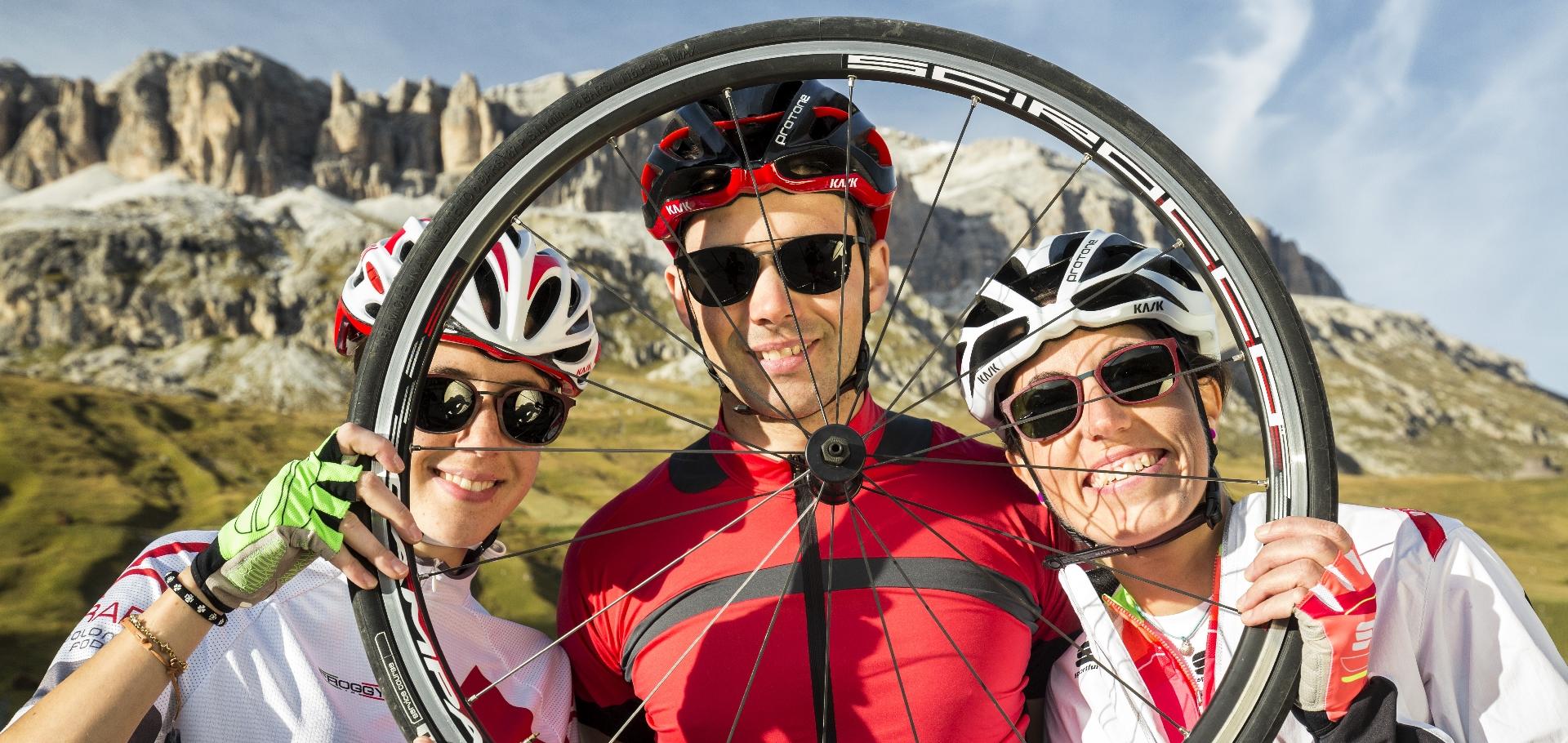 Bicicletta passo Pordoi whell