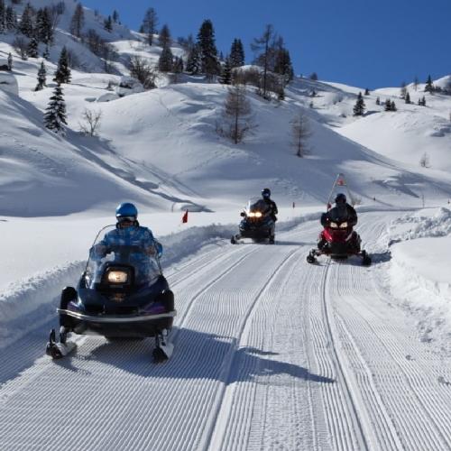 inverno attivita motoslitta